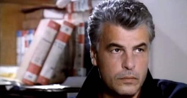 Как сейчас выглядит и чем занимается комиссар Каттани из сериала «Спрут»