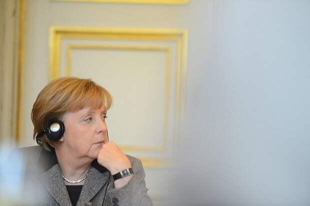 Меркель и Макрон подчеркнули важность работы в «нормандском формате»