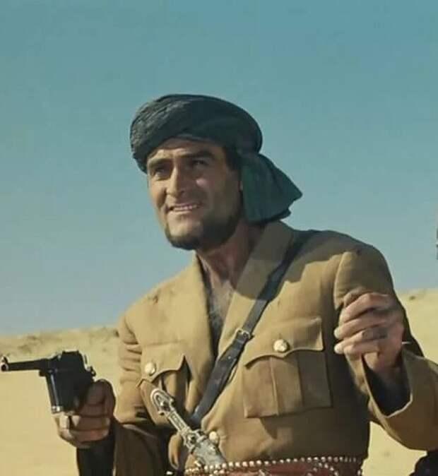 """Кто ваш любимый герой из """"Белого солнца пустыни""""?"""