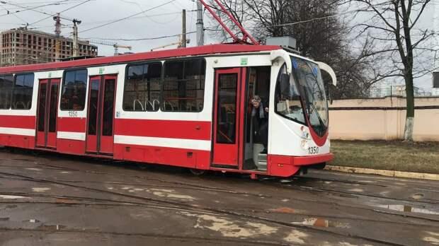 Житель Кемерова скончался после того, как его вытолкал из трамвая инвалид