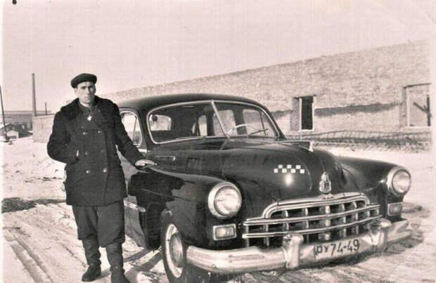 Профессия таксиста в СССР была очень востребованной. /Фото: a.d-cd.net