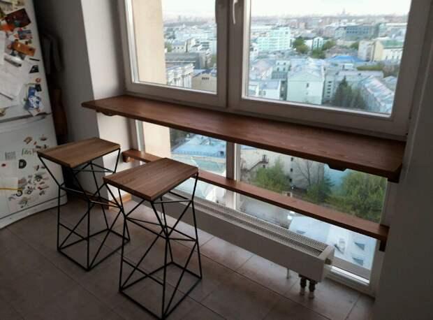 Подоконник-столешница в комнате подростка (27 фото)