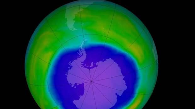 Над Антарктидой закрылась рекордная озоновая дыра