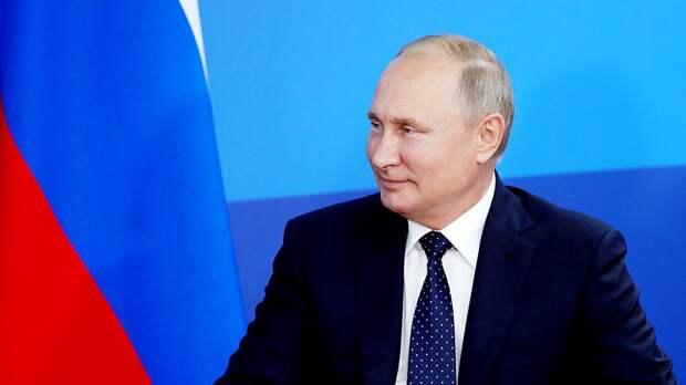 Российский боец Салихов открыт кпредложению отПутина. Оннокаутировал охранника Неймара наUFC 242