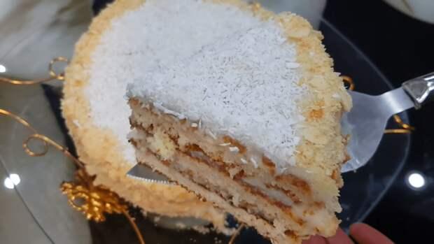Быстрый торт со сгущенкой на сковороде — находка для сластен