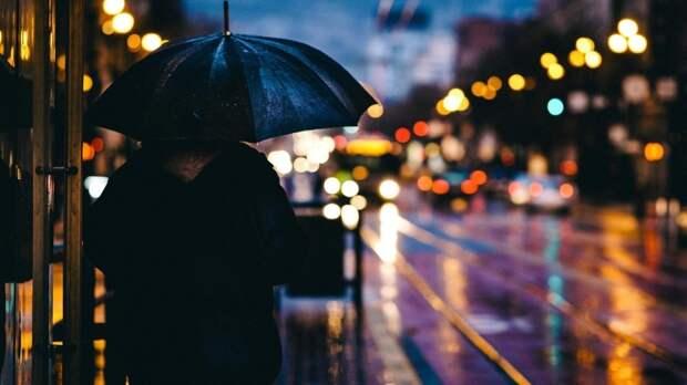 Град с дождем обрушится на Москву