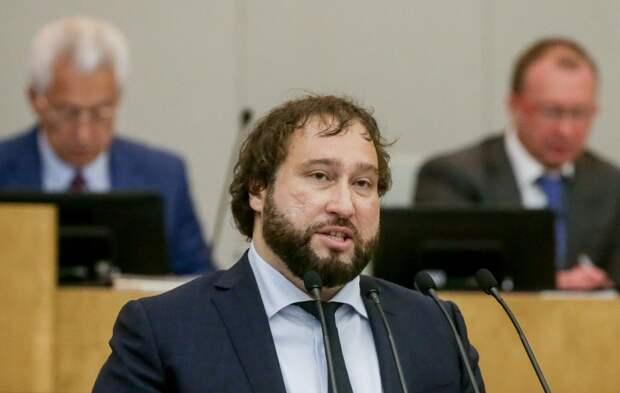 В Госдуме назвали «пугалкой» сообщения о регистрации в соцсетях по паспорту