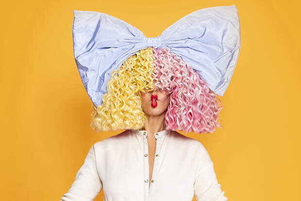 И в воздух Sia парики бросала: обзор западных музновинок недели