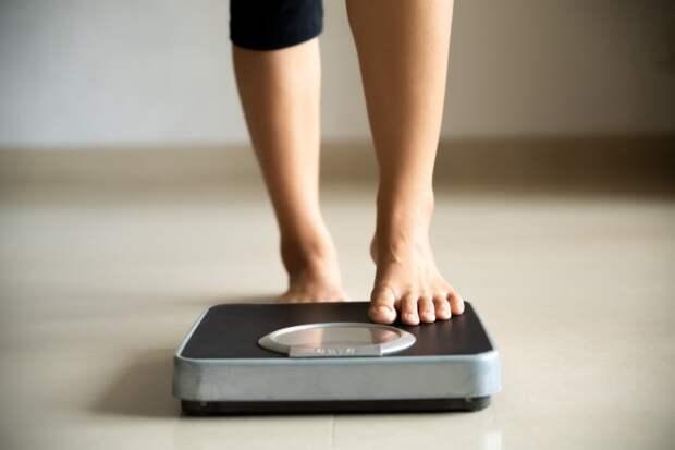 Сколько должны весить мужчины и женщины?