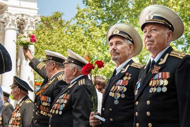 В Госдуму внесен законопроект о присвоении жителям осажденного Севастополя статуса ветеранов ВОВ
