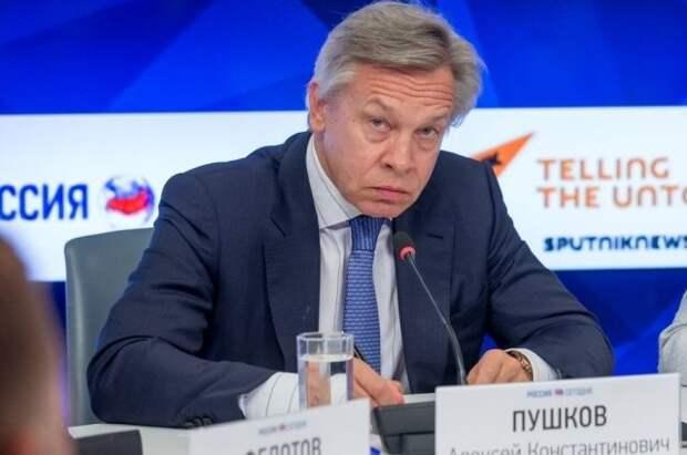 Пушков предположил, зачем Зеленскому нужна встреча с Путиным