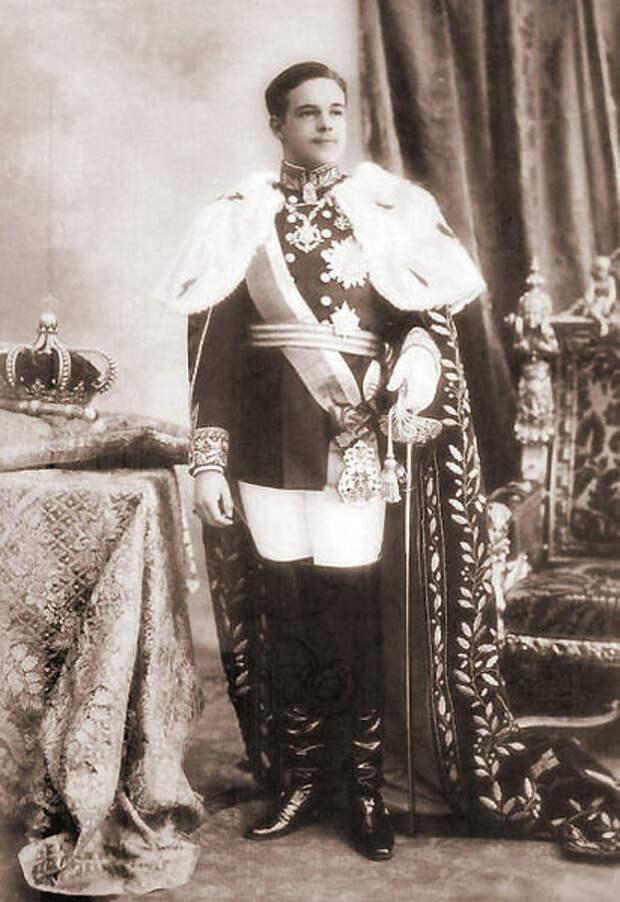 Король Мануэль II