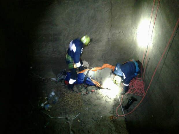 В Судаке мужчина упал в яму глубиной 8 метров