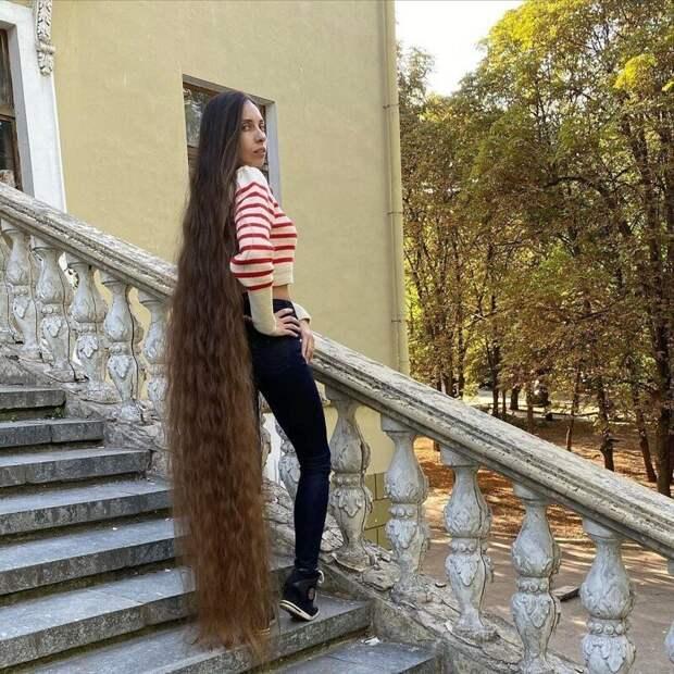 Как живет украинская Рапунцель Алена Ануфриева, которая работает юристом