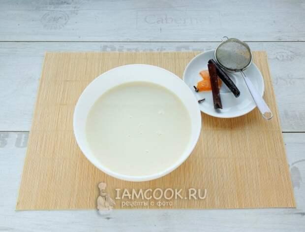 Процедили молочную смесь