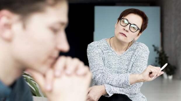 Заслуженный учитель РФ рассказал, можно ли было избежать трагедии в Казани