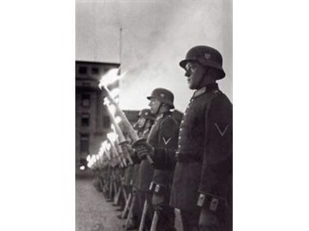 «Нацизм – это генеральная репетиция глобализма». Для чего фальсифицируют итоги войны