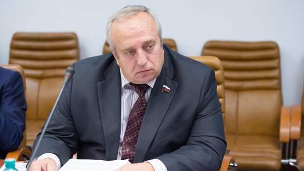 Клинцевич объяснил атаку военных баз РФ в Сирии местью США за успехи российских ВКС