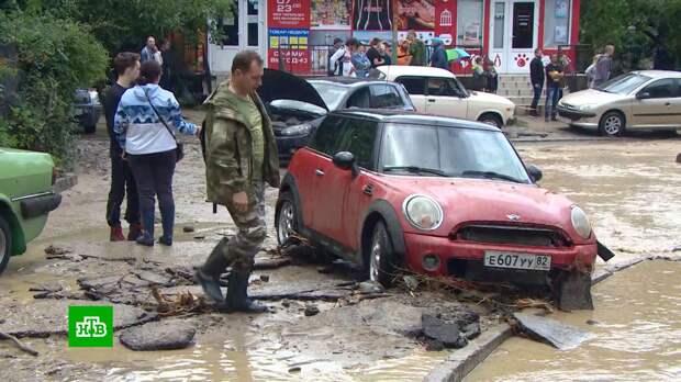 В Ялте подсчитывают ущерб от рекордного за век наводнения