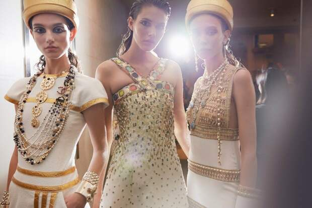 Гид по ювелирным стилям: от древности до наших времен
