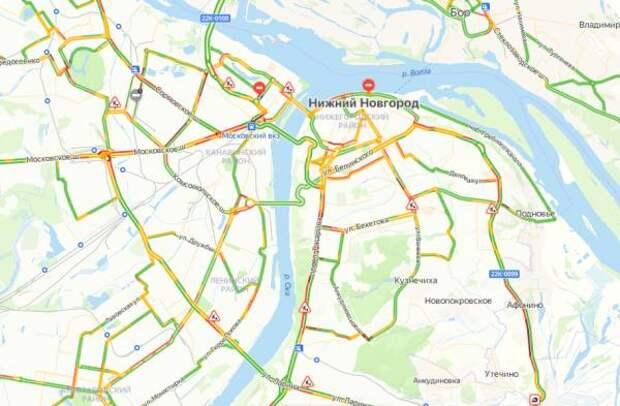 Пробки в Нижнем Новгороде достигли 8 баллов