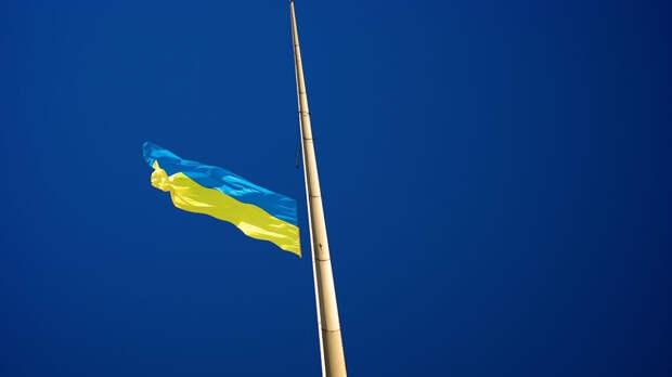 Украину предупредили о «бессмысленном и беспощадном бунте»
