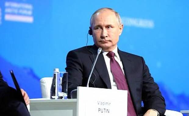 Путин об итогах расследования Мюллера: «гора родила мышь»