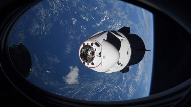 """Полет на """"Союзе"""" и Crew Dragon сравнили американские астронавты"""