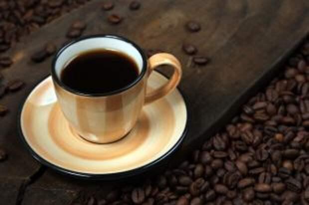 Вместо зерен — одуванчики. Как подделывают кофе