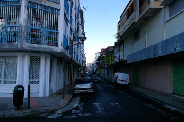 Пуэнт-а-Питр, Гваделупа — Первые впечатления на утро после приезда