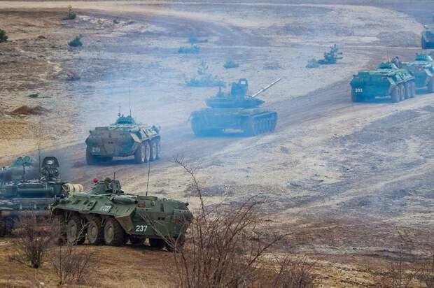 В США показали фото российских войск на границе с Украиной