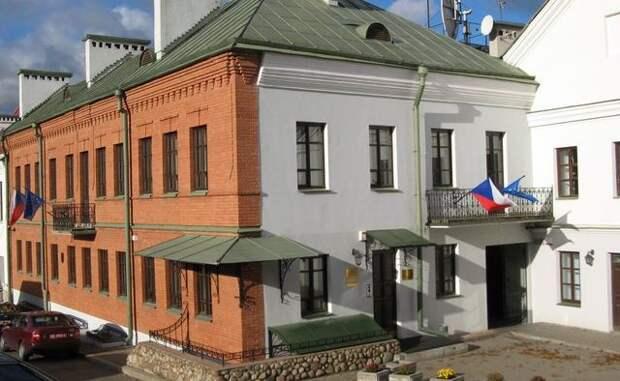 Чехия взнак солидарности отзовет своего посла изБелоруссии