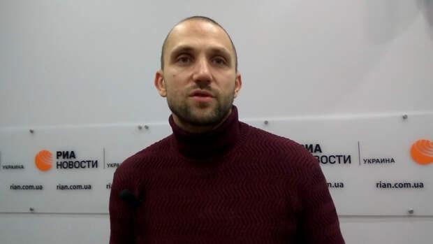 Политолог Якубин рассказал о конфликте руководства Украины с олигархами