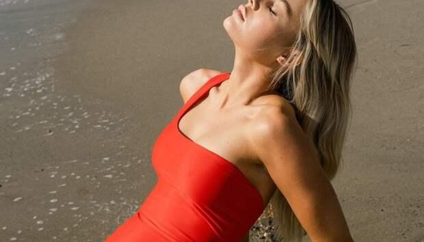 Собираемся в отпуск: 5 экологичных брендов купальников и пляжной одежды