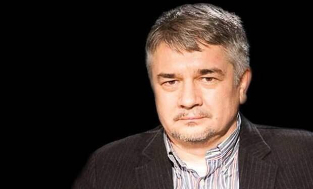 Партия войны: зачем Порошенко выступает за обострение в Донбассе