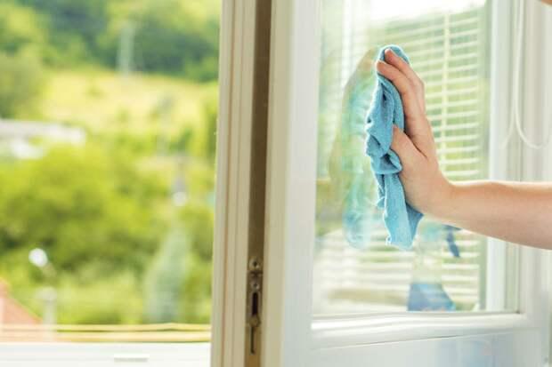 Сколько раз в году и когда именно нужно мыть окна дома?