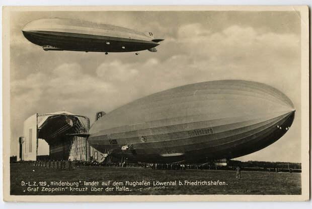 Дирижабли Hindenburg (LZ-129) и Graf Zeppelin (LZ-127, в воздухе). «Гинденбург» принимал участие в открытии Олимпийских игр в Берлине в 1936 году, поэтому у него на борту изображены олимпийские кольца. Гибель «Гинденбурга» 6 мая 1937 года фактически определит будущее воздухоплавания. Немецкая открытка 1936 года