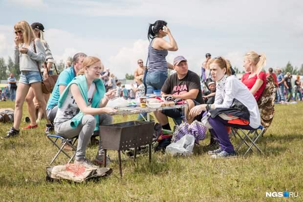 «Палец сосать»: новосибирцы рассказали, как проведут внезапные майские каникулы — 12 ответов