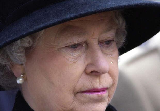 Елизавета II похороны принца Филиппа