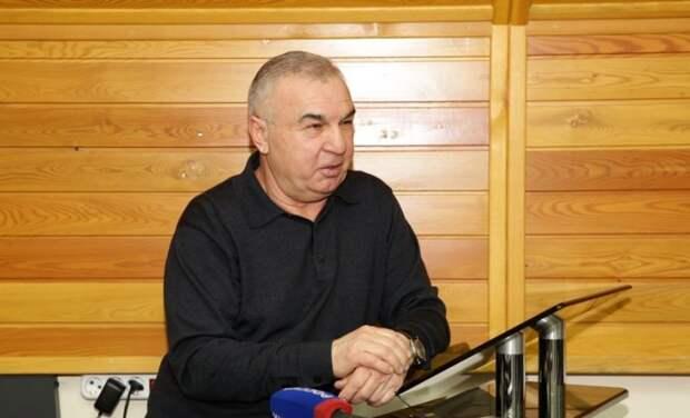 Больше десятка депутатов вКабардино-Балкарии оказались беднее своих супругов