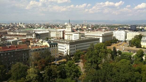 Власти Болгарии изучают вопрос открытия границ для россиян