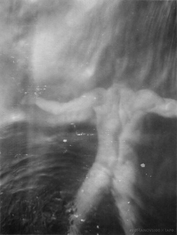 «Ацарь-то голый!»: иностранцев поразили обнаженные фото императора НиколаяII