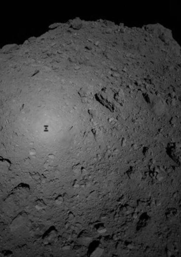 На астероиде Итокава нашли воду (и не только)