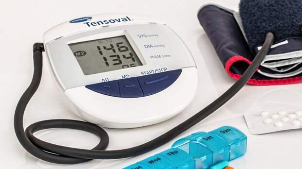 Кардиолог Чайковская назвала способ снизить давление без лекарств