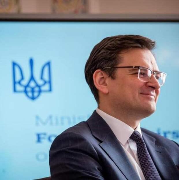 Глава МИД Украины Кулеба планирует обсудить с  госсекретарём США Блинкеном взаимовыгодную военную поддержку.
