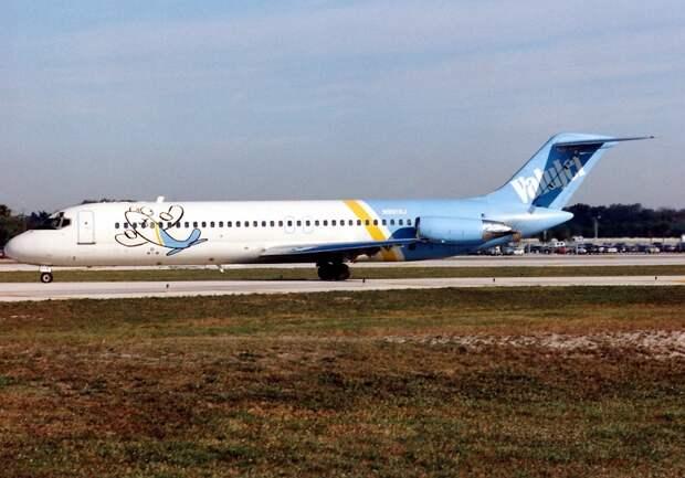 McDonnell Douglas DC-9-32, Valujet AN0221057.jpg