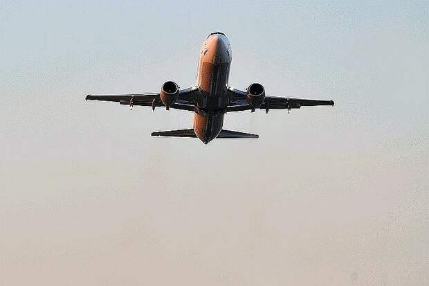 Россия продлевает ограничение на авиасообщение с Турцией и Танзанией до 21 июня