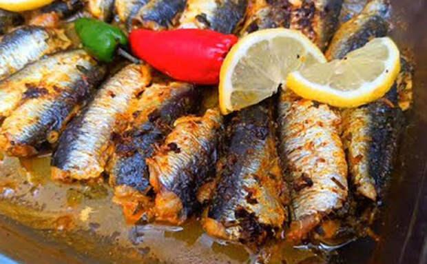Соседка-марокканка показала, как оставить весь сок в любой рыбе. Делает сардины, но подходит и карасю