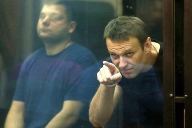 Андрей Медведев: Где сбой у мастеров тайных операций и мощных разоблачительных расследований?