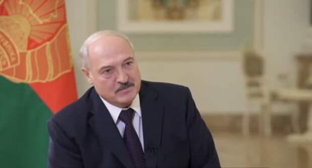Прогулки, масло и костер – Лукашенко назвал рецепт от коронавируса